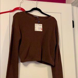 Crop long sleeve sweater
